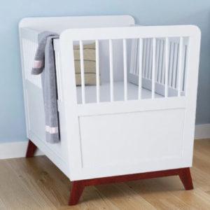 retro bedje babybed ledikant babykamer vintage