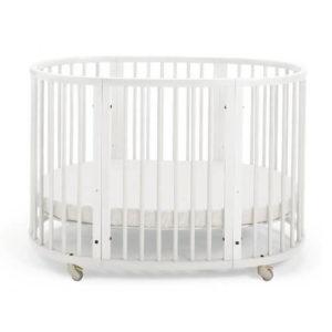 rond babybedje ledikant ovaal stokke wit